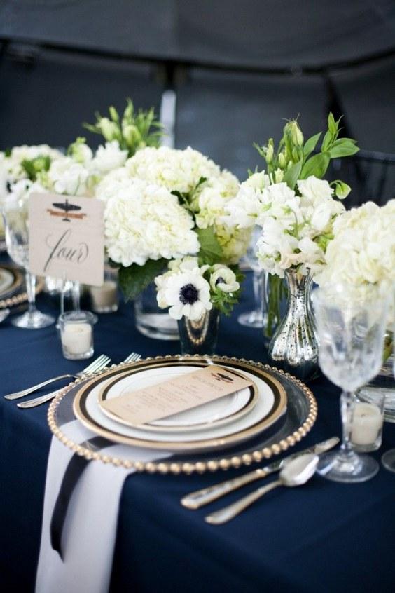 décorations mariage en bleu marine 22