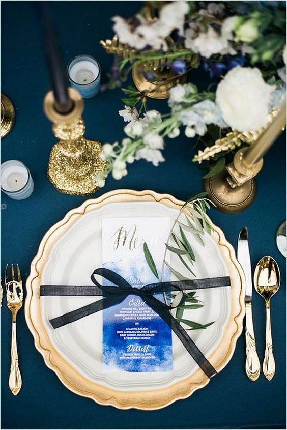 décorations mariage en bleu marine 24