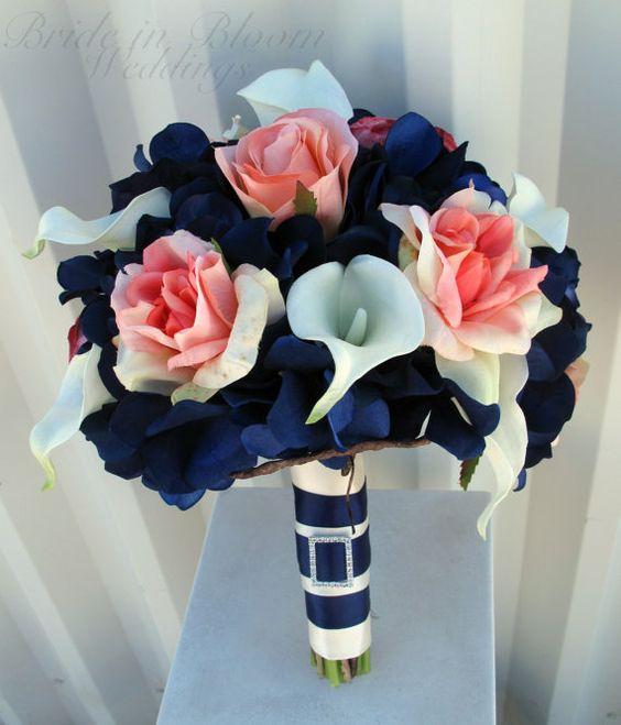 décorations mariage en bleu marine 40