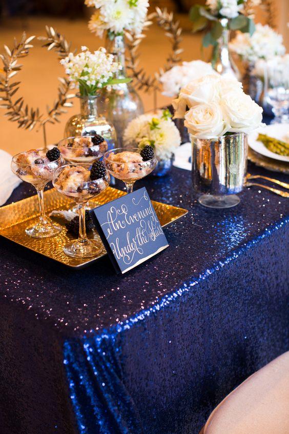 décorations mariage en bleu marine 8