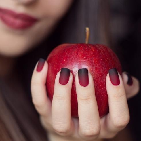 cheap les meilleures ides de la catgorie ongles en gel rouge sur pinterest  ongles rouges with modele ongle gel rouge