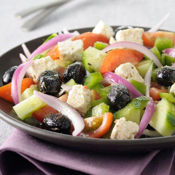 Salade grecque, tomate, concombre, feta