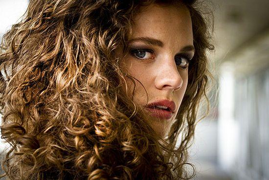 Cheveux Bouclés : Comment En Prendre Soin