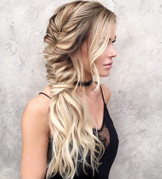 coiffures de Saint-Valentin
