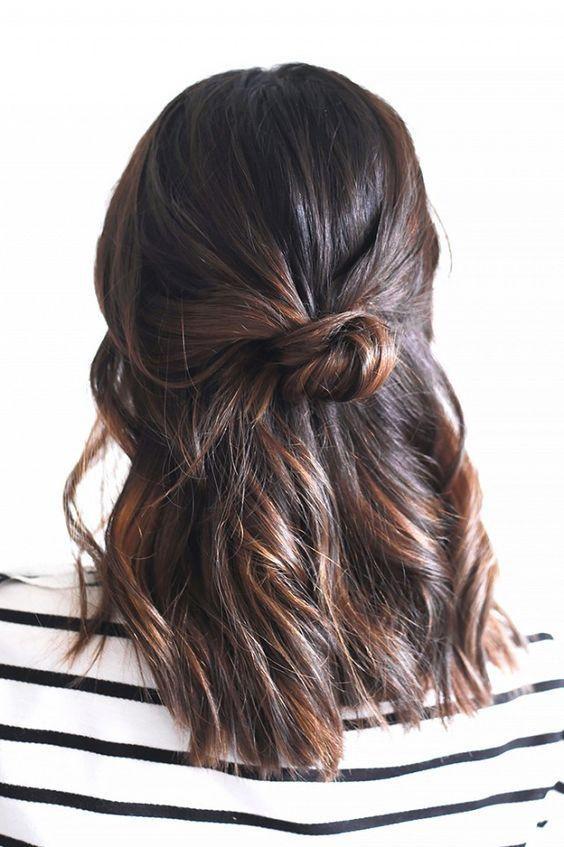 coiffures des cheveux mi longs