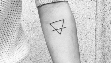 Quelle est la signification du tatouage de triangle