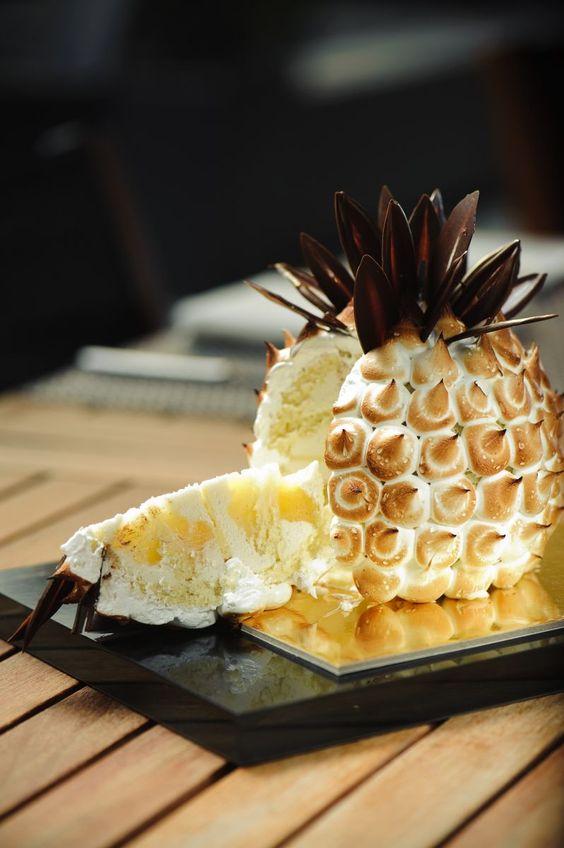 Gâteau coco-ananas meringué