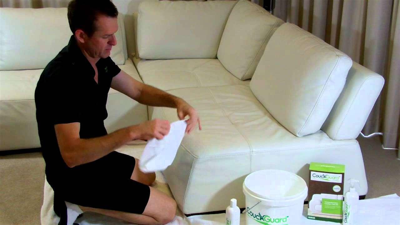 comment nettoyer un fauteuil en tissu autour de la france. Black Bedroom Furniture Sets. Home Design Ideas