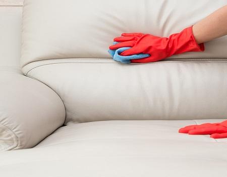 comment nettoyer un canap 233 en cuir blanc autour de la