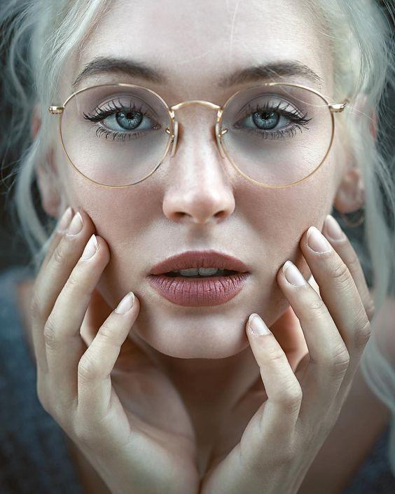 lunette femme a la mode