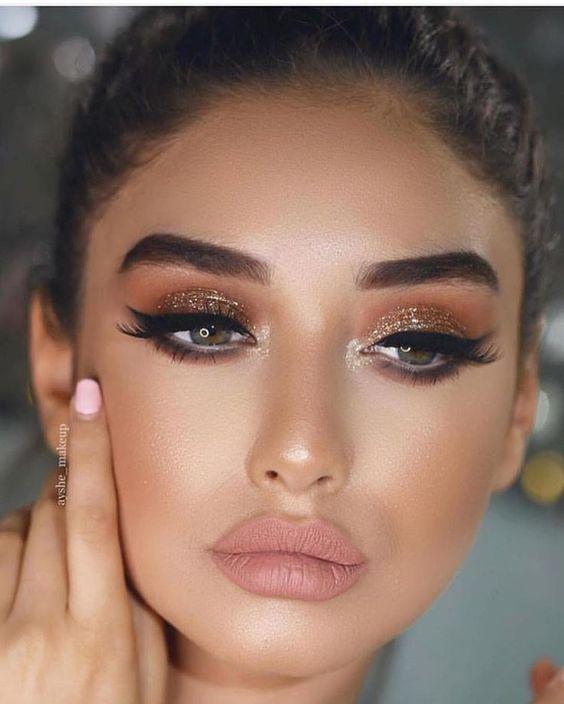 23 Idées Brillantes Pour Porter Le Maquillage Pailleté