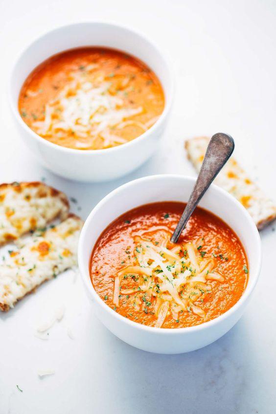 La soupe aux tomates maison