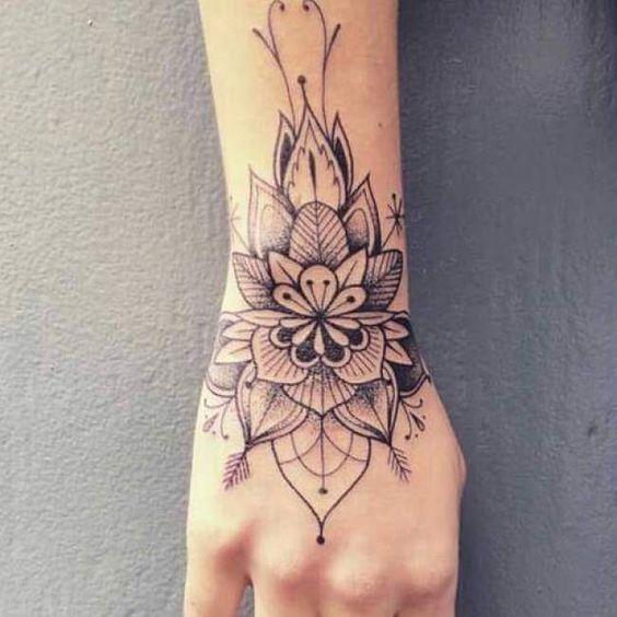 tatouages pour femme