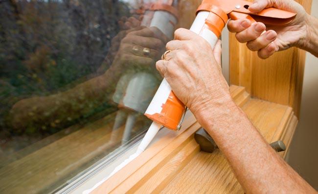 Comment ramollir du mastic de vitrier ?