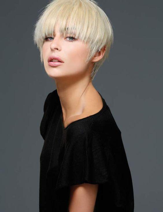 20 Coiffures Faciles Pour Cheveux Courts