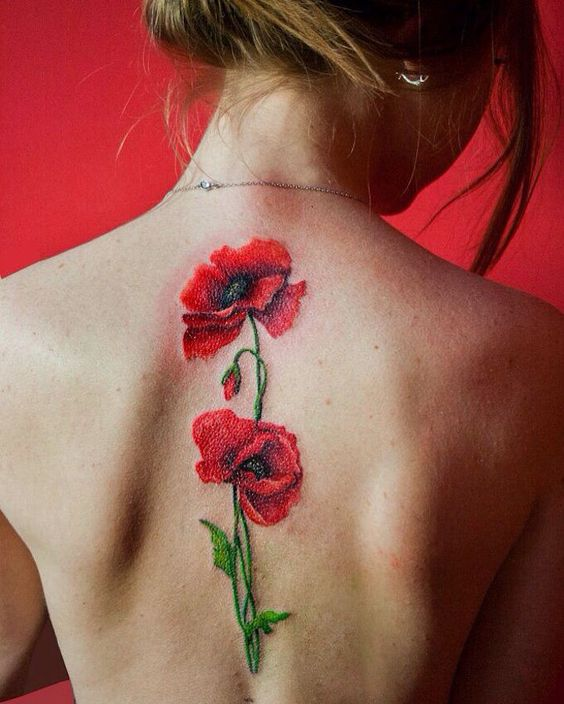 23 Tatouages fleuris qui nous font envie