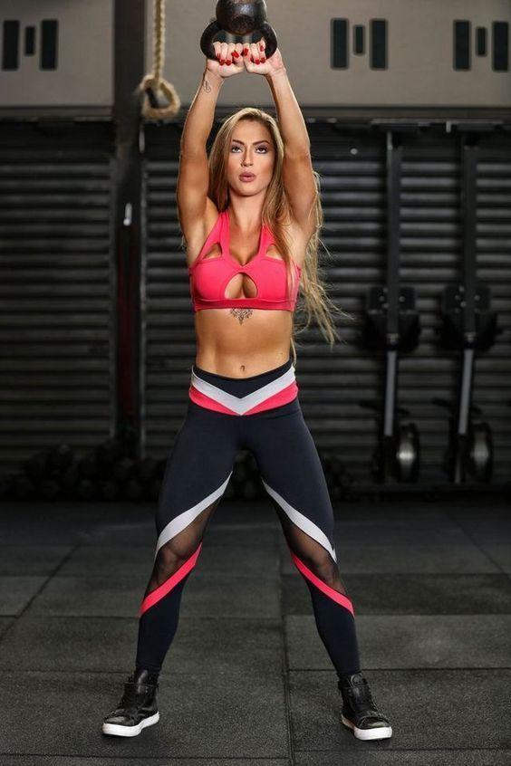 20 Tenues pour rester sexy en faisant du sport!