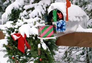 Des idées pour habiller votre boîte aux lettres dans un conte de fées Recherchez ce Noël
