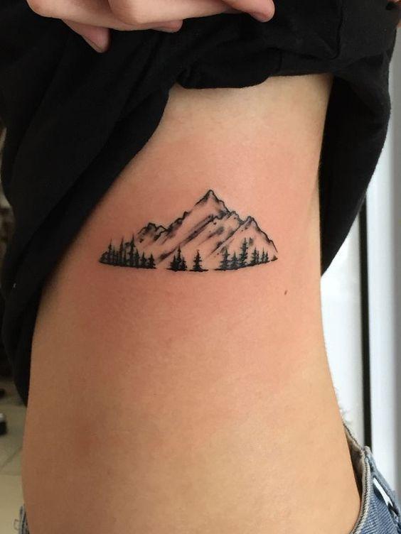 22 Idées tatouages pour les amoureux de la montagne !