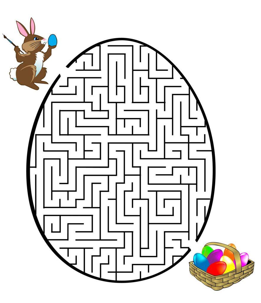 Trouvez votre chemin le labyrinthe de Pâques
