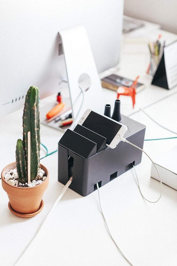 Décorez et organisez votre bureau avec cette boîte en forme d'usine