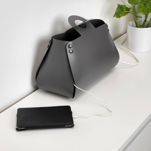 Déposez le sac IDEBO d'IKEA sur la console de votre entrée