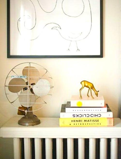 Empilez les livres sur les radiateurs hors-service