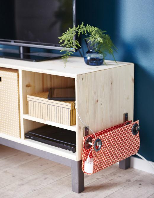 Fabriquez votre cache multiprise avec cette idée DIY inspirée d'un IKEA hack