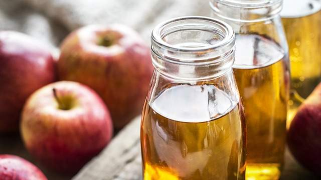 Faites du vinaigre de cidre de pomme maison