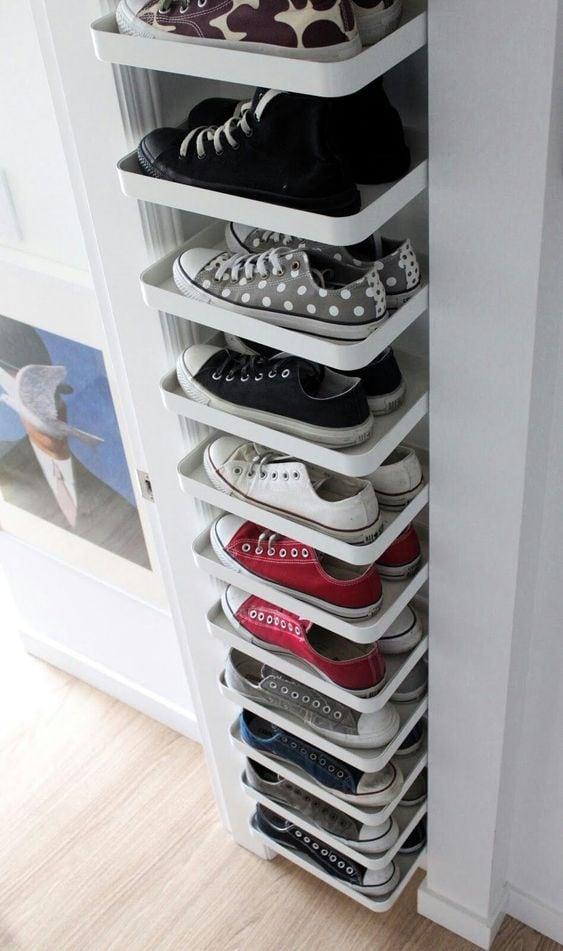 Les coins pour les chaussures