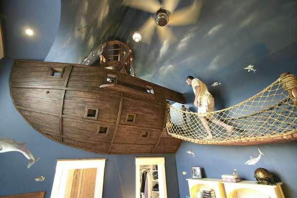 Un bateau de pirate pour faire des aventures dans sa chambre