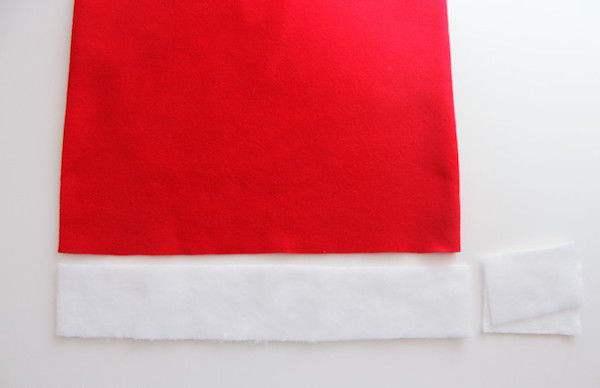Couper une pièce de 6,5 cm de largeur du tissu blanc