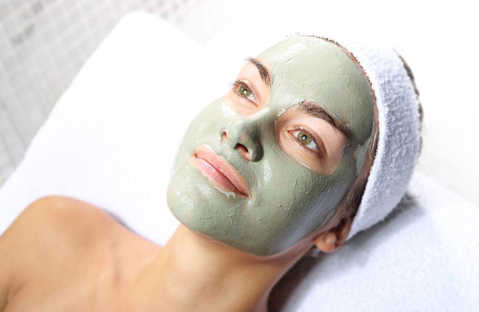 Masque à l'argile verte pour une peau éclatante